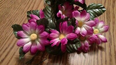 Daisy Flower Vines In   Assorted Colors