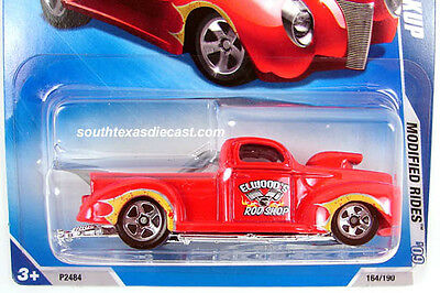 2009 HOT WHEELS  '40 FORD Drag Truck Elwood's Rod Shop Modified Rides Red  MOMC