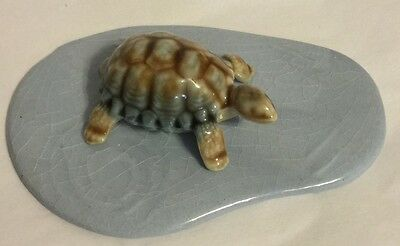 Wade Porcelain (Turtle) Tortoise Miniature Figurine With Base Made in England
