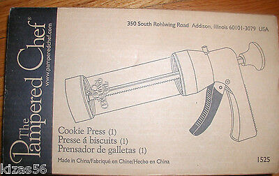 NEW IN BOX Pampered chef cookie press  #1525, MADE IN U.S.A.