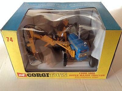 Corgi Ford 5000 Super Major Tractor with Hydraulic Scoop MB
