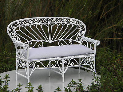 Miniature Dollhouse FAIRY GARDEN Furniture ~ White Wire Settee Bench ~ NEW