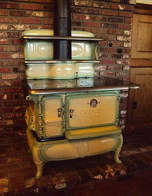 ALL ORIGINAL & WORKING ANTIQUE / VINTAGE CAST IRON KITCHEN STOVE (COAL / WOOD)