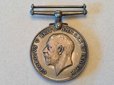 - 1918 Great Britain George V  WW 1 Silver Victory Service Medal
