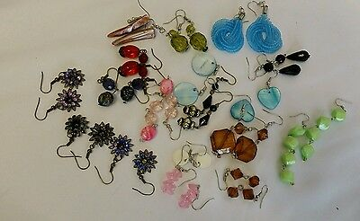 18 PAIRS EARRINGS WHOLESALE JOBLOT  bankruptcy stock to be clear
