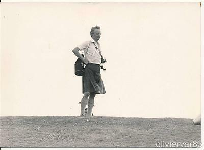 "Man in scottish kilk skirt with photo camera on top of hill - 7x5"" vintage photo"
