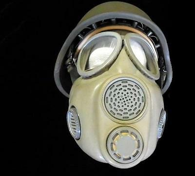 Czech M10 Unissued Military Adult Gas Mask New Sealed Filter - Never Worn