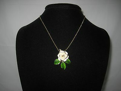 """Vintage White Enamel Flower Necklace With Green Leaves - Gold Chain - 17"""" Long"""