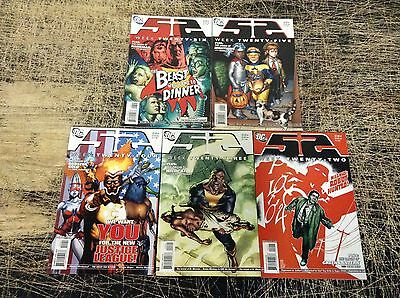 Lot Of 5 52 DC Comics Weeks #22 23 24 25 26 Batman Flash Joker Robin Superman X7