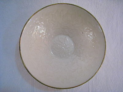 A  FINE CHINESE DING KILN ENCHASE FLOWER  PORCELAIN PLATE