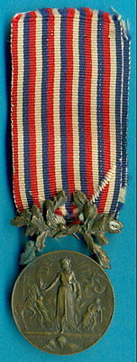 French Medal of Honour for Acts of Courage and Devotion, bronze