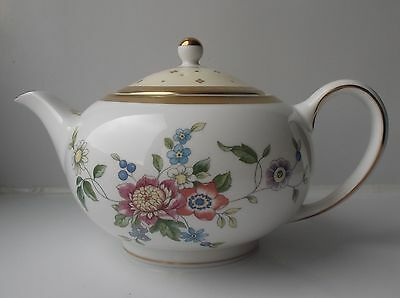 Very Rare Wedgwood Grace Teapot - New, 1st Quality
