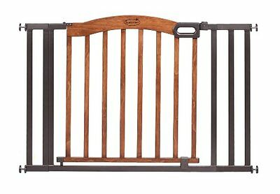 Summer Infant Decorative Wood and Metal 5 Foot Pressure Mounted Gate, Brown/Blac