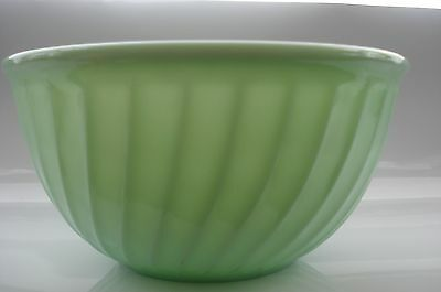 """Collectible Anchor Hocking Fire King Jadite Oven Ware 9"""" swirl pattern bowl"""