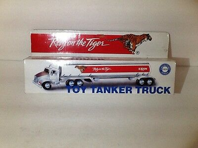 TOY TANKER TRUCK COLLECTORS EXON SERIES RELY ON THE TIGER