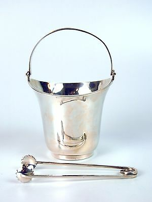 Art-Deco Ice Bucket. Silver Needle-Punched Fleece. Spain. Circa 1930.