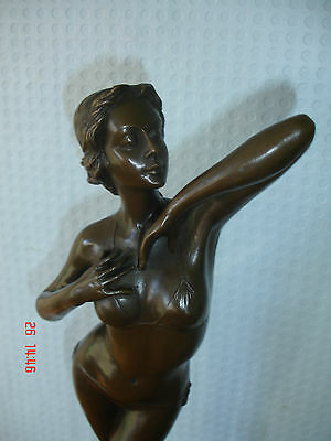 Beautiful Provocative Bronze Of A Sexy Lady Signed Milo