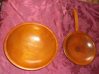 """Cool 2 Marked Munising Bowls 11"""" Salad Bowl 9"""" Footed Bowl Handle Leather Loop"""