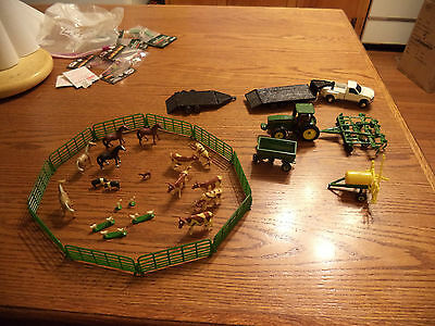 1/64 OR S SCALE ERTYL COMPLETE FARM DIECAST AMERICAN FLYER COMPATIBLE