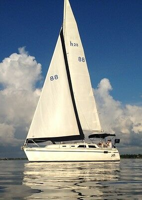 1991 Hunter 28 Sailboat For Sale in New Orleans – Ready to Sail Away!