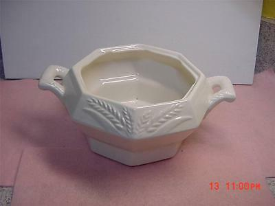 BEAUTIFUL 2 HANDLED ART POTTERY BOWL ETCHED CALIF USA L63 MISSING LID