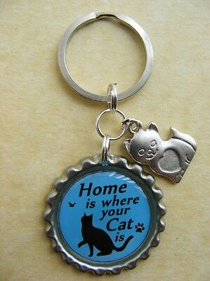 """""""Home is where your Cat is"""" Bottlecap Keyring Birthday Present Gift Black"""