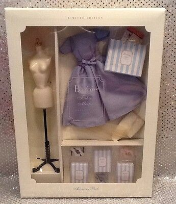 ACCESSORY PACK FASHION OUTFIT SILKSTONE BARBIE 2001 LIMITED EDITION 56119