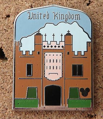 DISNEY PIN HAMPTON COURT PALACE - UNITED KINGDOM COLLECTION - 2011 HIDDEN MICKEY