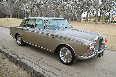 Rolls-Royce : Silver Shadow - 4 door saloon 1 owner 49 500 miles in original preservation category show condition lovely