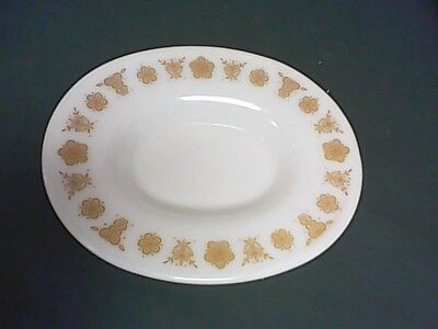 "PYREX   BUTTERFLY GOLD OVAL PLATE aprox   7"" x 6""      W"