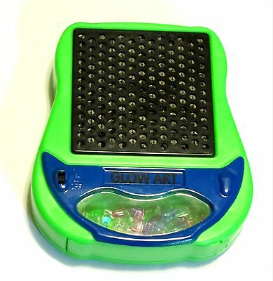 NEW GLOW ART LITE BRITE TRAVEL Battery Operated Light with Glow Light Pegs Toy