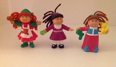 """3 Cabbage Patch Kids CBK Dolls OAA Poseable Figures 2002 3"""" Holiday Yarn Hair"""