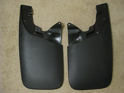 05-15 Toyota Tacoma OEM/OE Front Mud Flaps Splash Guards