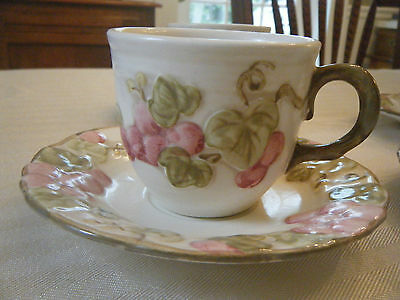 VINTAGE METLOX POPPY TRAIL PINK SCULPTURED GRAPE CUP and SAUCER SET EXCELLENT!