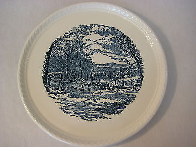 """VINTAGE ROYAL CHINA CO CURRIER & IVES BLUE & WHITE CAKE PLATE, 10 1/2"""" DIAMETER"""