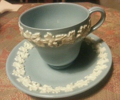 Wedgwood Queens Ware CUP & SAUCER Cream Grapevine On Lavender SHELL Edge