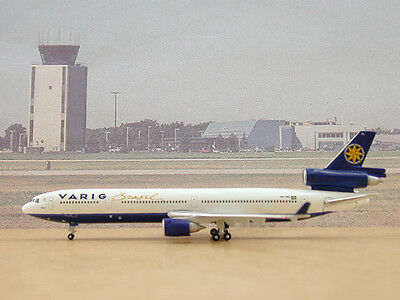 Gemini Jets MD-11 and Video       Varig Airlines