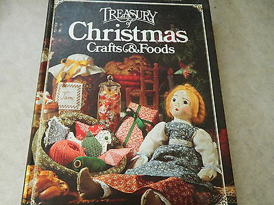 Better Homes and Gardens Treasury of Christmas Crafts & Food Cookbook