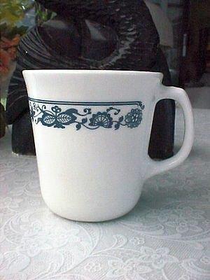 CORNING Old Town Blue or Blue Onion Design Pattern D Handle Mug