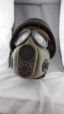 LOT OF 10 Czech M10 Unissued Military Adult Gas Mask w/ New Sealed Filters
