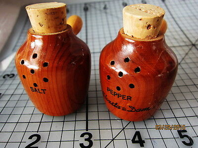 "2"" Mini Pots, SHASTA DAM salt & pepper shakers vintage souvenir Carved wood"
