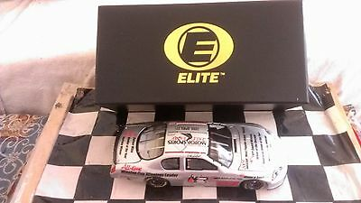 DALE EARNHARDT SR. HALL OF FAME 1:24  RCCA ELITE 2006 CHEVROLET MONTE CARLO SS