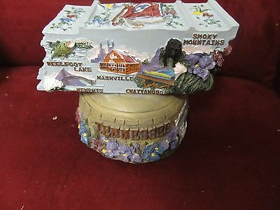 2 NEW TENNESSEE WALTZ SOUVENIR WIND UP MUSIC BOXES