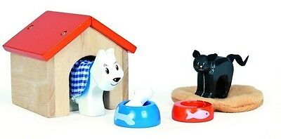 New Le Toy Van Doll House Cat & Dog Pet Accessory Set Wooden Wood Toy