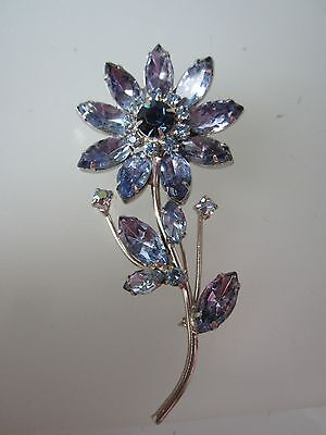 EXQUISITE WEISS ALEXANDRITE RHINESTONES LONG STEM FLOWER BROOCH