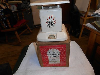 MAID OF HONOR HOUSEHOLD SCALES #7851 VINTAGE W/ BOX