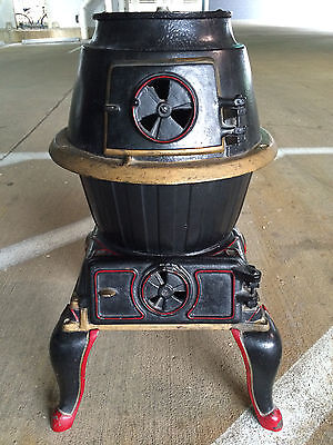 Cute antique & historic (Ohio Story) black Mars potbelly stove