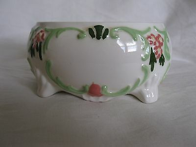 Beautiful Vintage Oval Holland Mold Ceramic Footed Dish With Floral Design