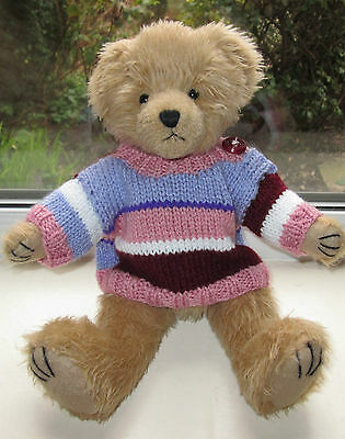 BN TEDDY CLOTHES, HAND KNITTED MULTI COLOURED JUMPER TO FIT A 12 INCH BEAR