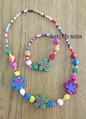 1 set Girl Wooden beads Necklace Bracelet jewellery. Party Gift Favour fillers